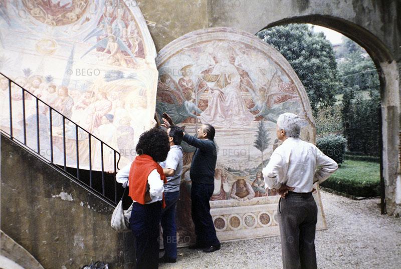 Il trasferimento degli affreschi del tabernacolo della Madonna della Tosse - Dai magazzini della Soprintendenza di Firenze a Castelfiorentino (anni Ottanta)